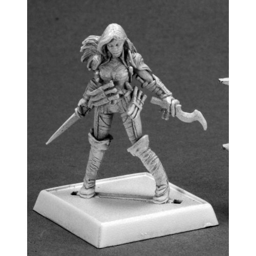 Reaper Pathfinder 60092 Cleric of Calistria
