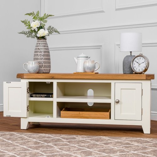 Hampshire Ivory Painted Oak Large TV Unit