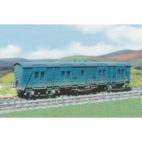"OO wagon kit - SR 28t. Bogie ""B"" Passenger Van - Ratio 592 - free post"
