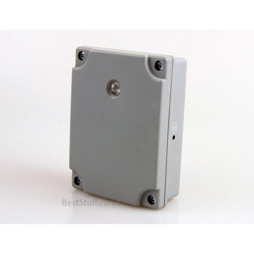 Weatherproof Light Sensitive Outdoor Timer Switch with a Light Sensor