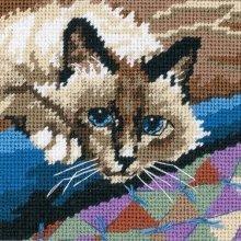 D07228 - Dimensions Mini Needlepoint - Cuddlycat