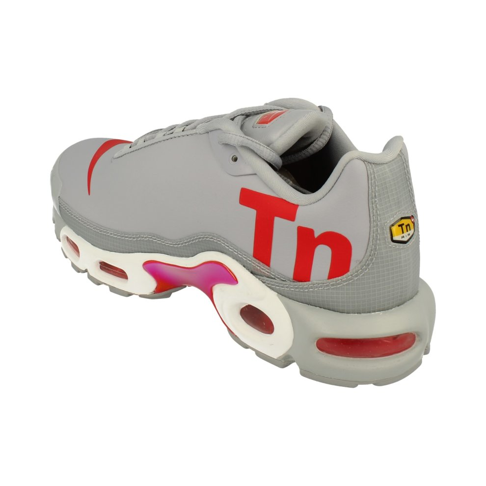 Hot Selling Nike Air Max Plus TN Ultra SE Men's Grey Red Cushioning Running Shoes AQ1088 001