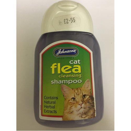 Cat flea cleansing shampoo.